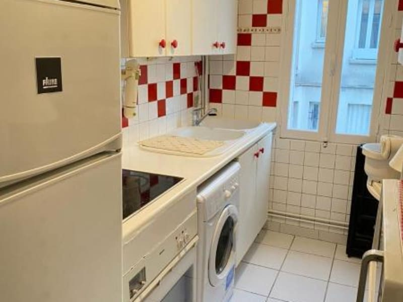 Location appartement Paris 18ème 680€ CC - Photo 3