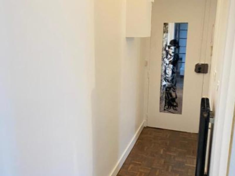 Location appartement Paris 18ème 680€ CC - Photo 7
