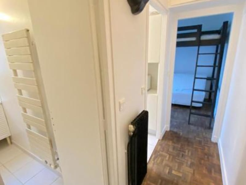 Location appartement Paris 18ème 680€ CC - Photo 8