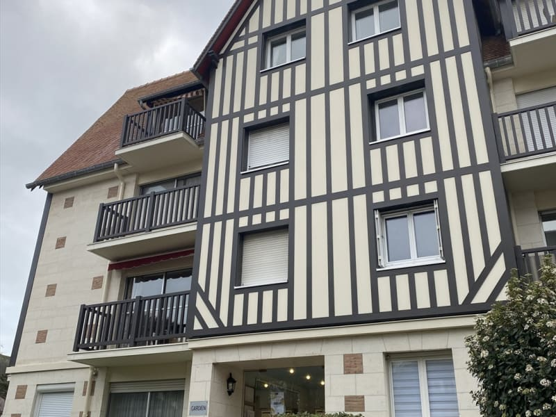 Sale apartment Deauville 162 000€ - Picture 1