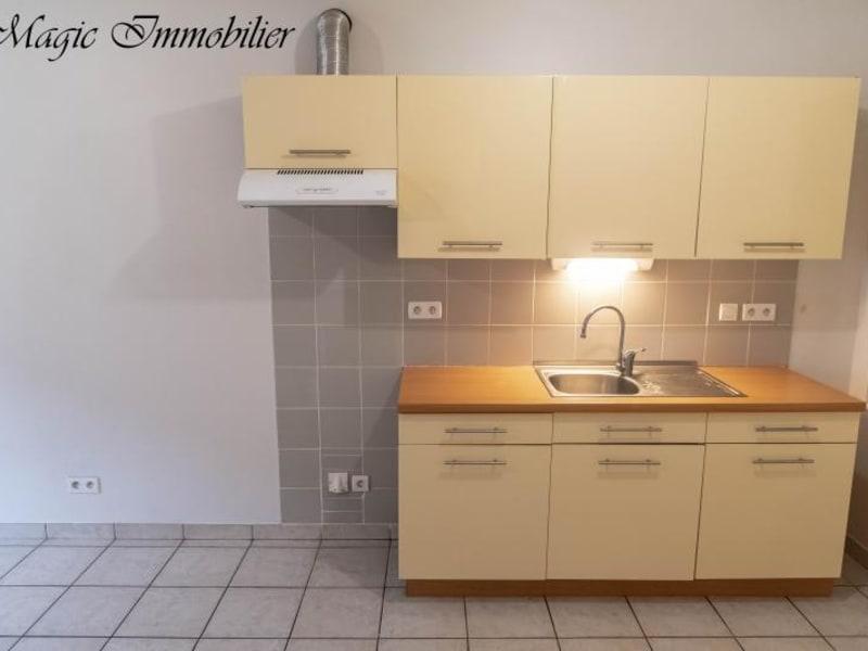 Location appartement Nantua 481€ CC - Photo 3