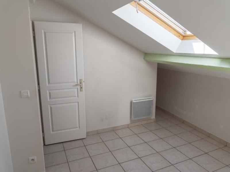 Location appartement Nantua 481€ CC - Photo 9