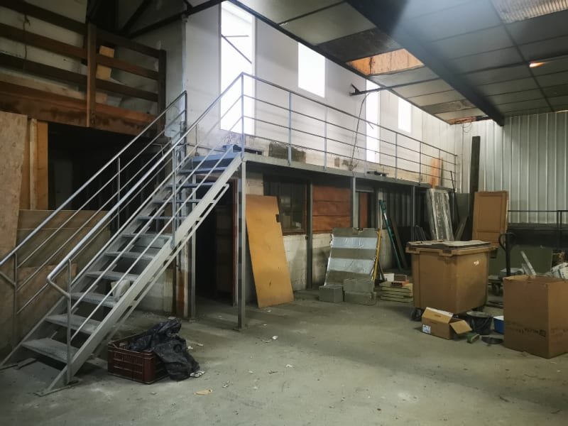 Location local commercial Les angles 1 500€ HC - Photo 1
