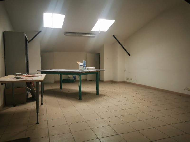 Location local commercial Les angles 1 500€ HC - Photo 4