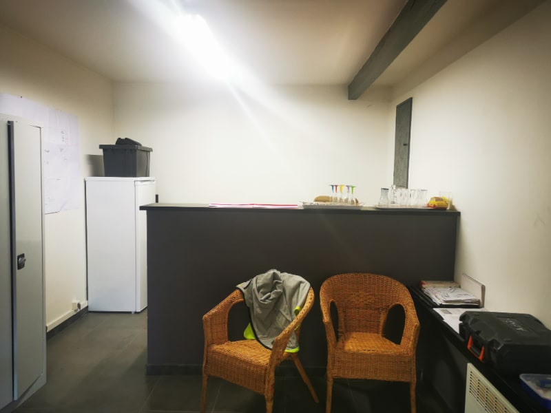 Rental empty room/storage Les angles 1 300€ HC - Picture 1