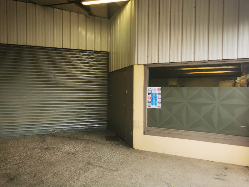Location local commercial Les angles 1300€ HC - Photo 3