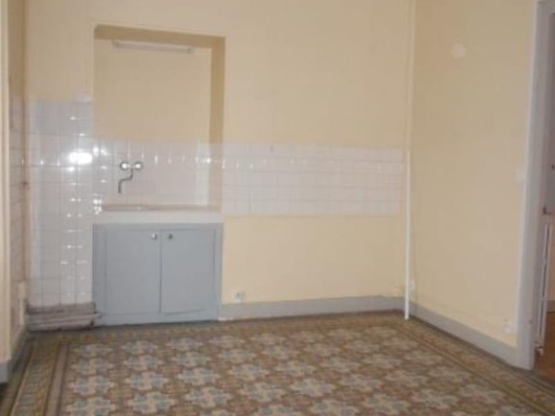 Rental apartment Nogent sur seine 505€ CC - Picture 2