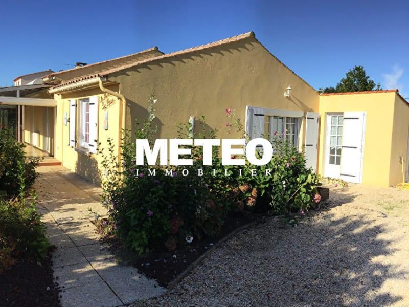 Sale house / villa Angles 234300€ - Picture 1