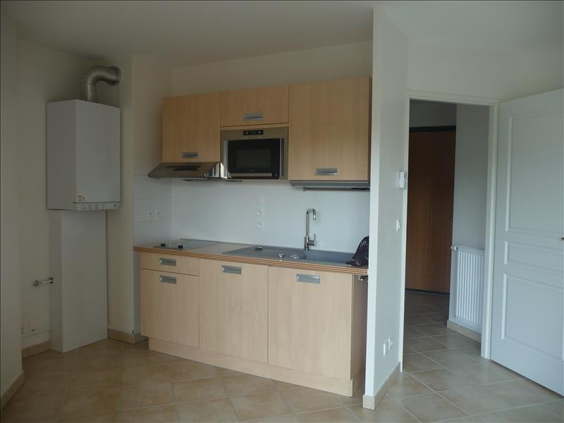 Location appartement Bonneville 680€ CC - Photo 2