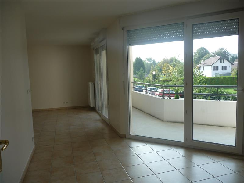 Location appartement Bonneville 680€ CC - Photo 3