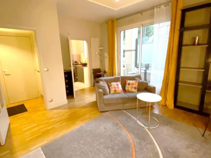 Levallois-Perret - 1 pièce(s) 28 m² - avec terrasse - en meublée