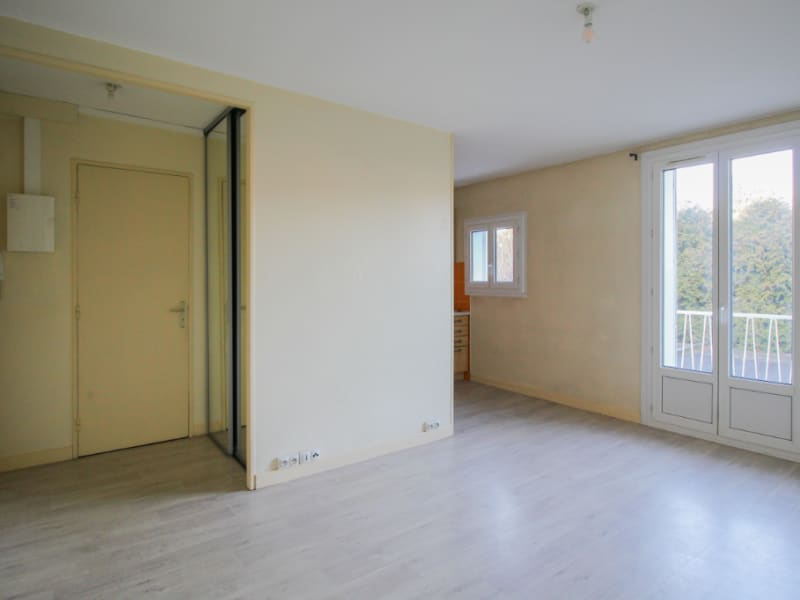 Location appartement Chambery 688€ CC - Photo 3