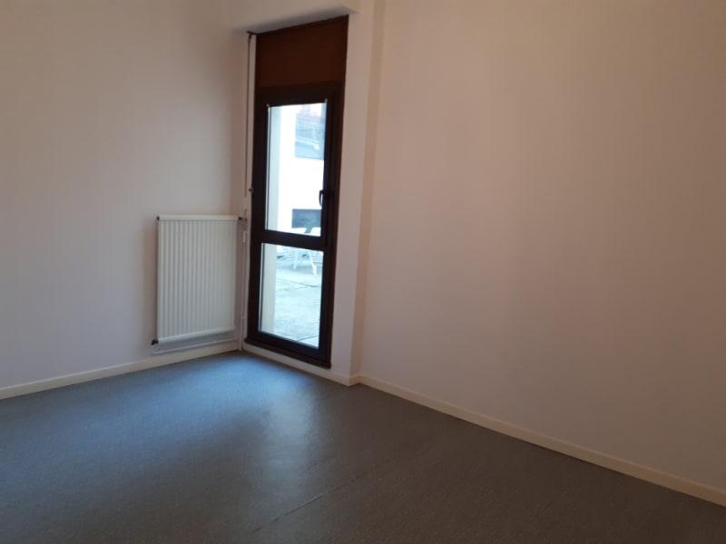 Rental apartment Saint omer 627€ CC - Picture 5