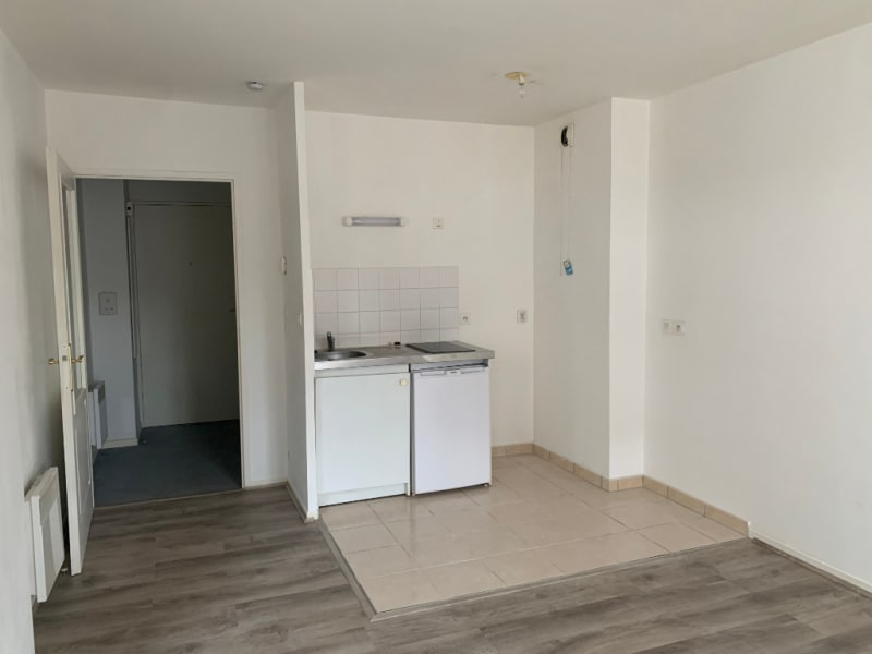 Rental apartment Saint quentin 345€ CC - Picture 5