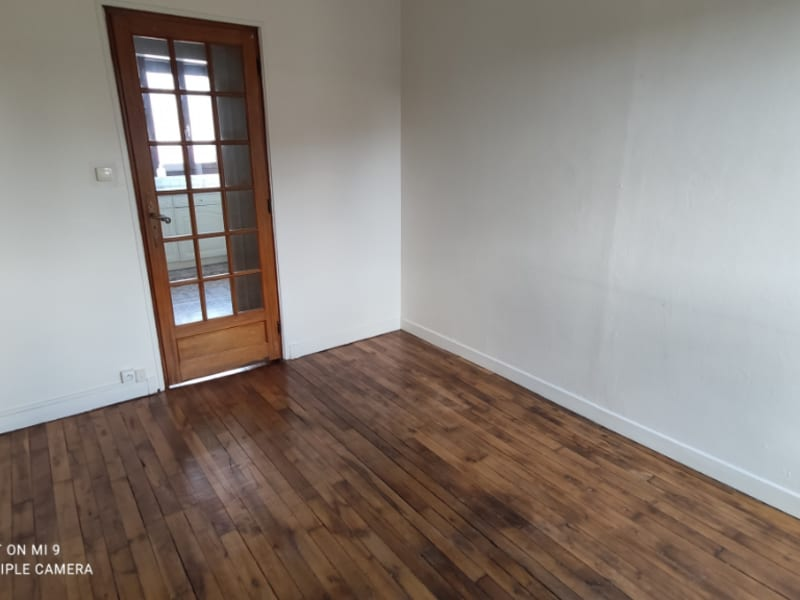 Location appartement Saint quentin 455€ CC - Photo 4