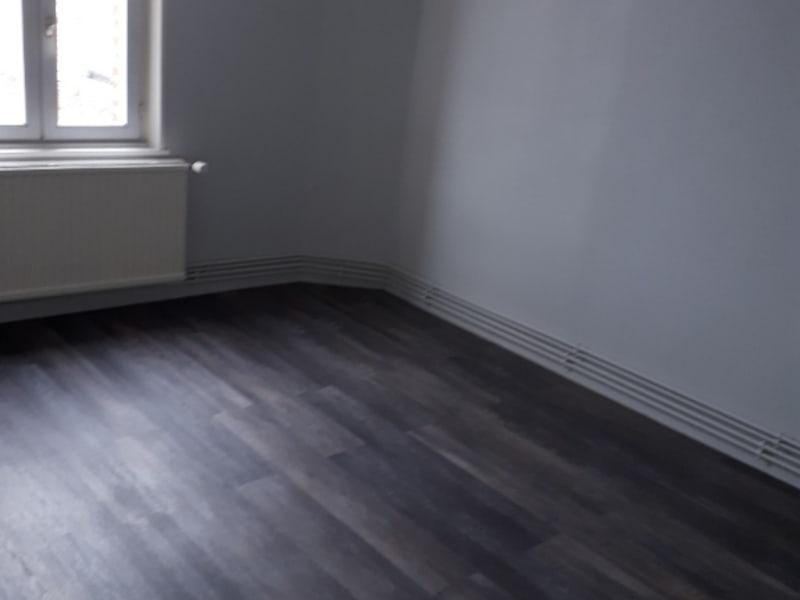 Rental apartment Saint quentin 410€ CC - Picture 5