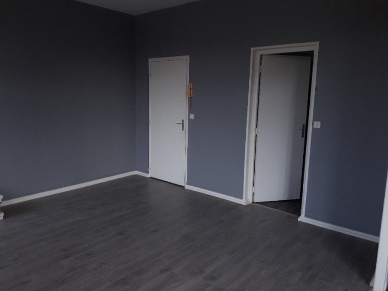 Rental apartment Saint quentin 410€ CC - Picture 7