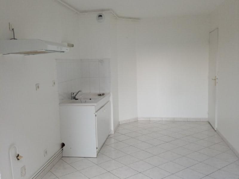 Rental apartment Saint quentin 700€ CC - Picture 7