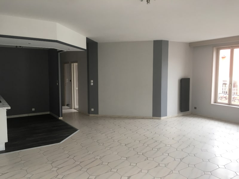 Location appartement Saint quentin 800€ CC - Photo 5