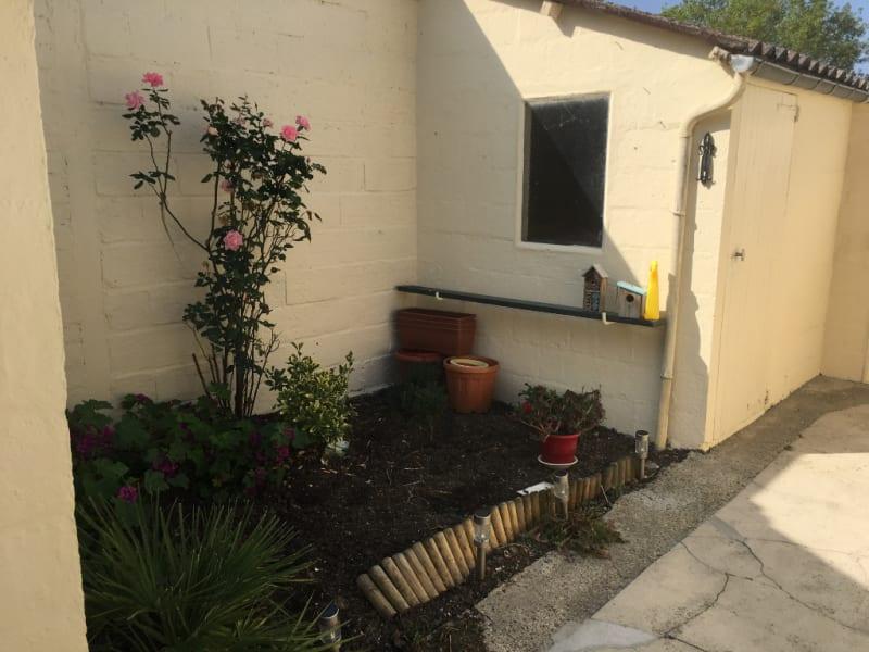 Rental house / villa Neuville saint amand 575€ CC - Picture 1