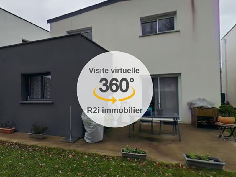 Sale house / villa Le rheu 337360€ - Picture 1