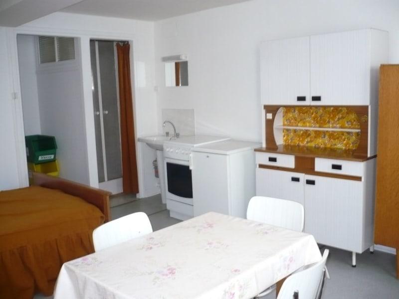 Location appartement Aire sur la lys 315€ CC - Photo 1