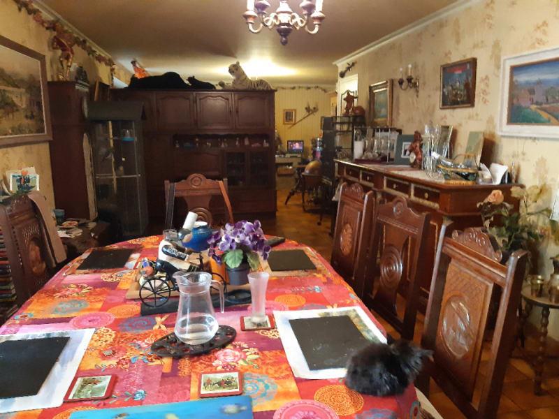 Sale house / villa Landeleau 79920€ - Picture 3