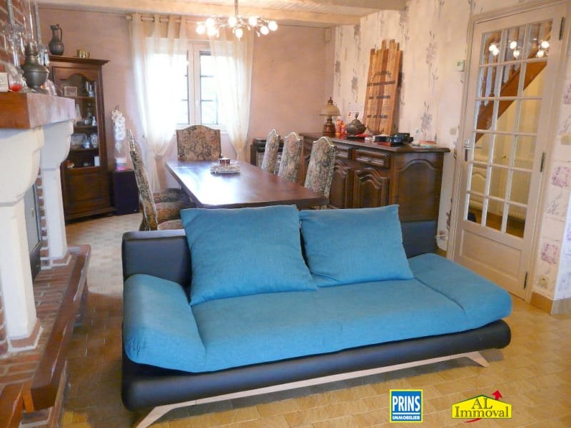 Sale house / villa Eringhem 260 600€ - Picture 2