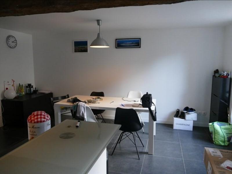 Rental apartment Verrieres le buisson 1290€ CC - Picture 3