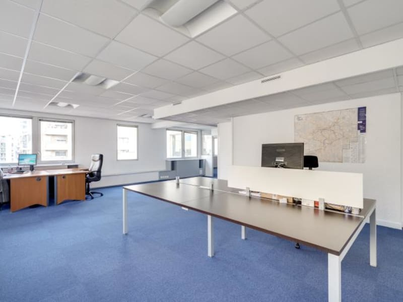 Rental office Suresnes 3827,67€ CC - Picture 6