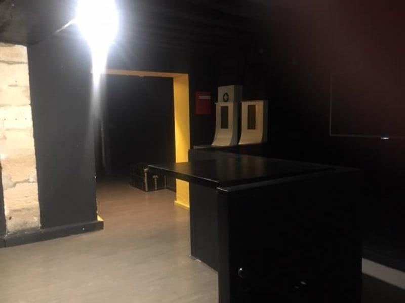 Sale empty room/storage Paris 4ème 1420000€ - Picture 4