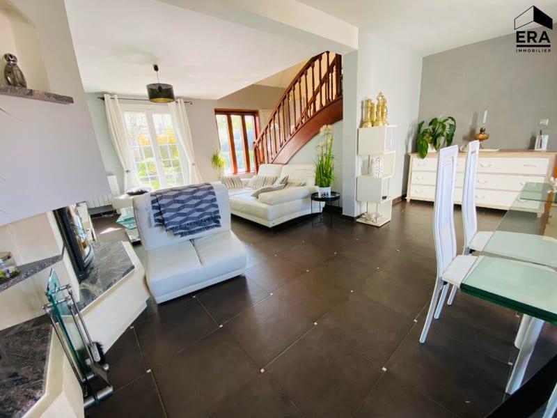 Sale house / villa Lesigny 389000€ - Picture 1