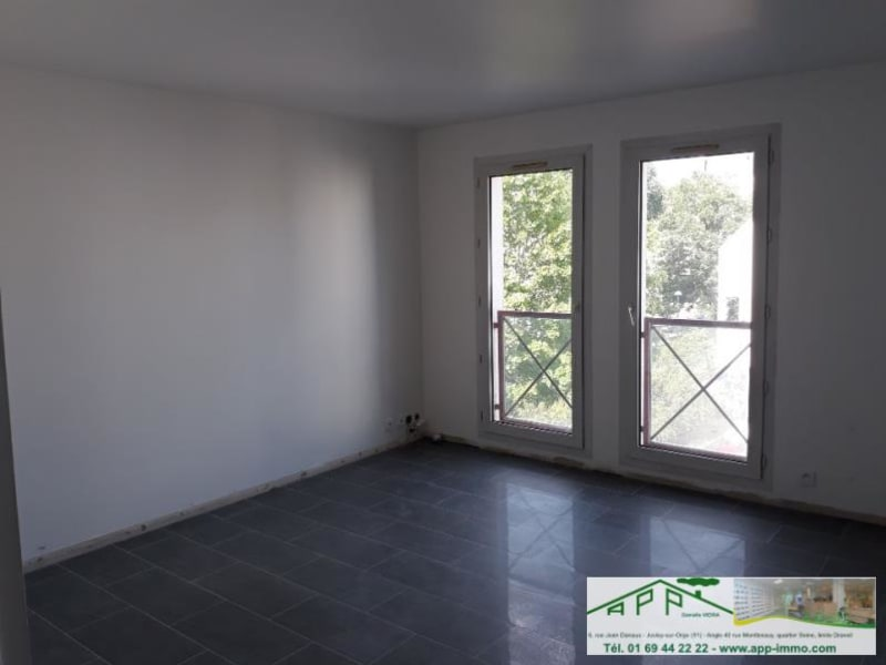 Location appartement Viry chatillon 736,16€ CC - Photo 3