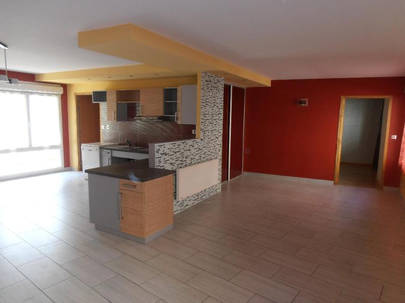 Location appartement Nantua 656€ CC - Photo 1