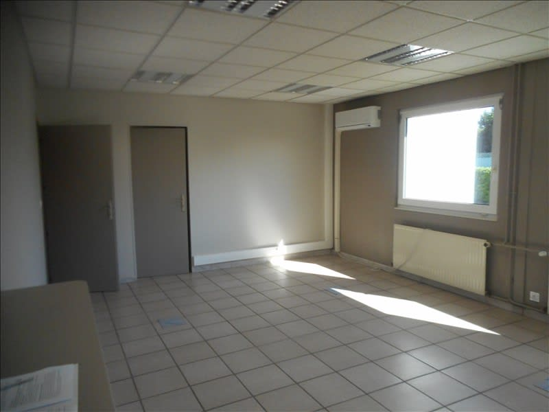 Rental office Voiron 700€ HC - Picture 3