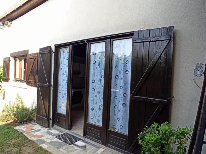 Rental apartment La ville-du-bois 675€ CC - Picture 1