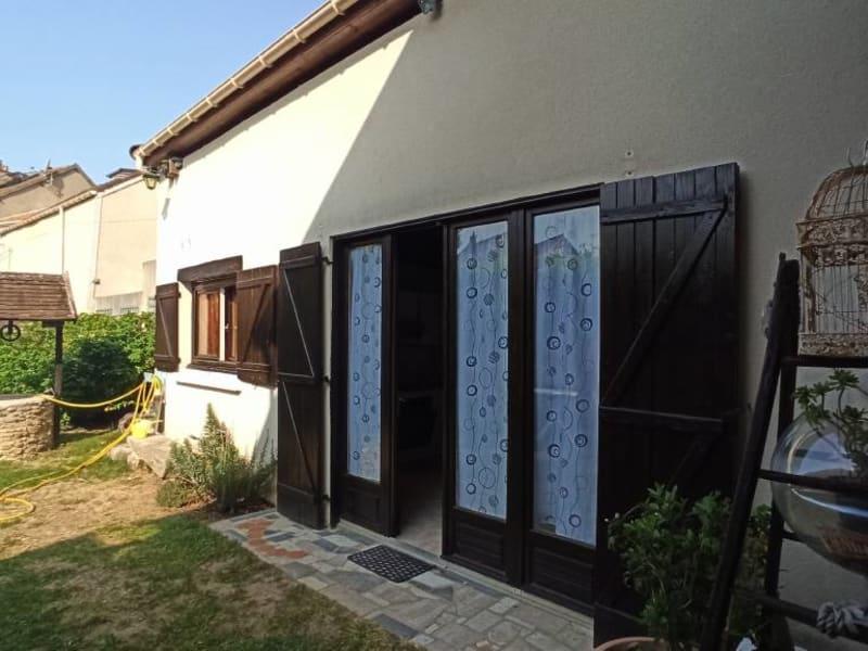 Rental apartment La ville-du-bois 675€ CC - Picture 10