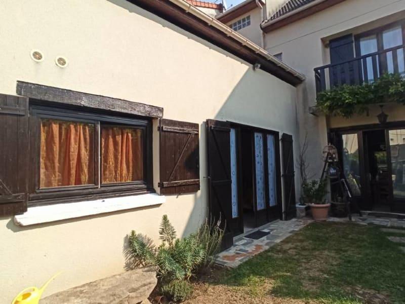 Rental apartment La ville-du-bois 675€ CC - Picture 11