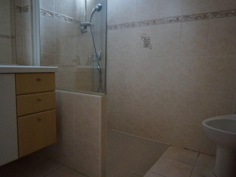 Sale house / villa Saint clair du rhone 299000€ - Picture 12