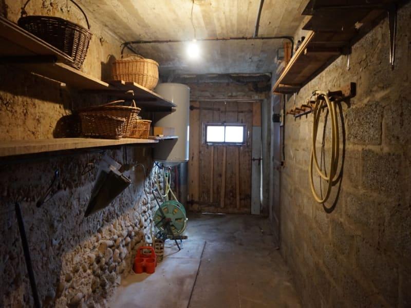 Sale house / villa Saint clair du rhone 299000€ - Picture 14