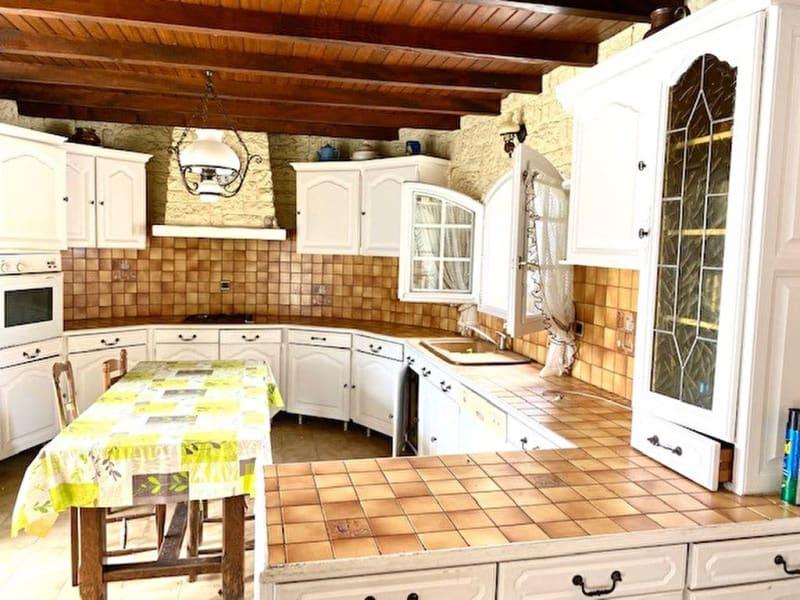 Sale house / villa Colombiers 305000€ - Picture 7