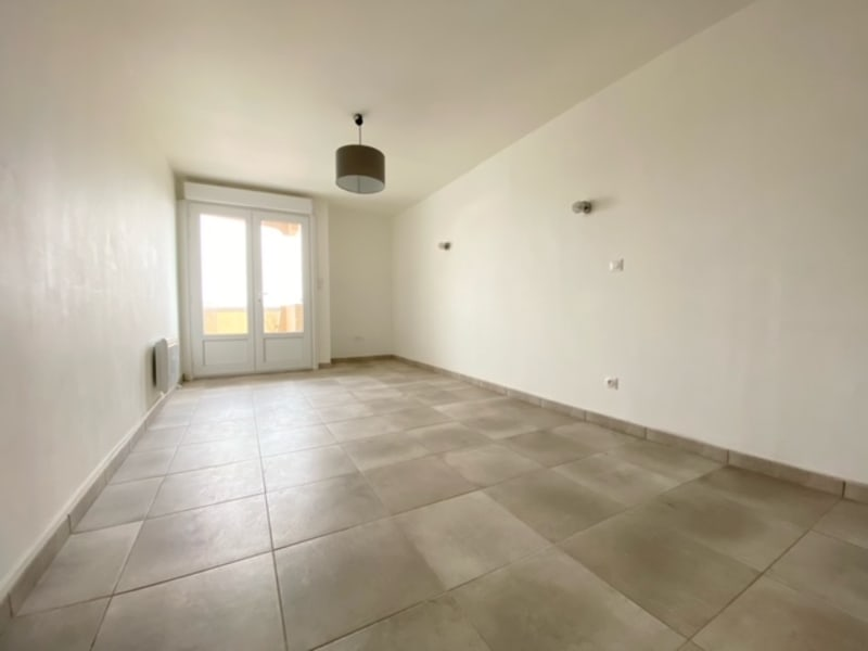 Rental apartment Beziers 420€ CC - Picture 1
