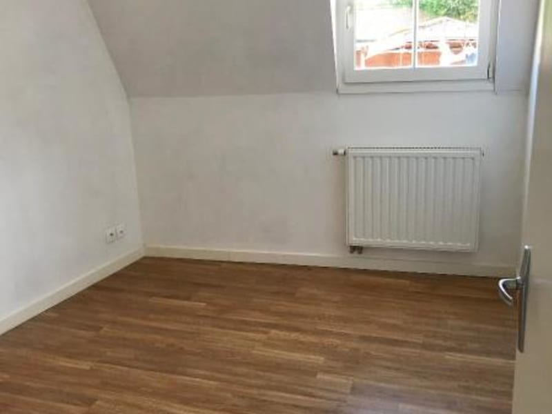 Location maison / villa Saint-omer 740€ CC - Photo 5