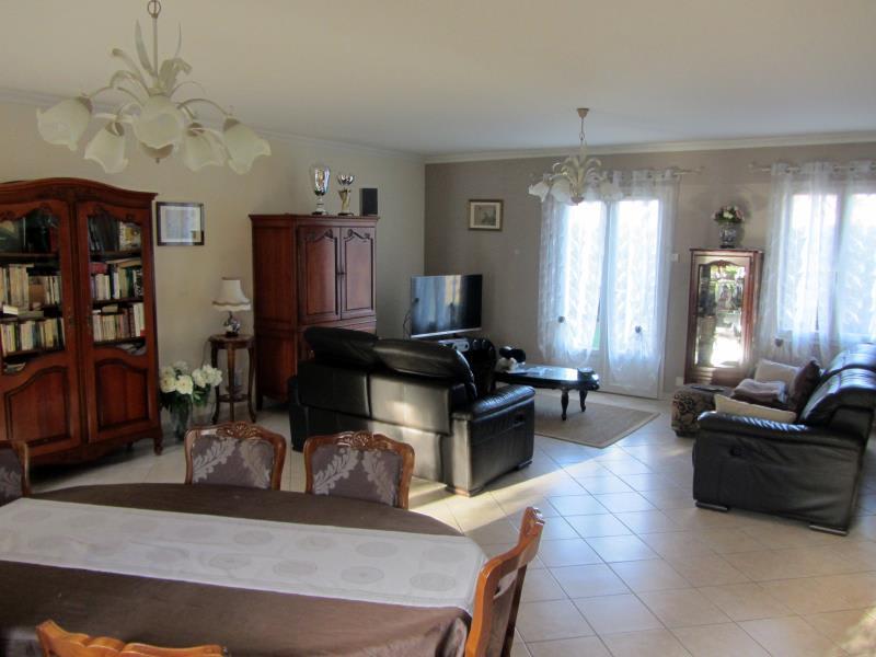 Sale house / villa Osny 950000€ - Picture 3
