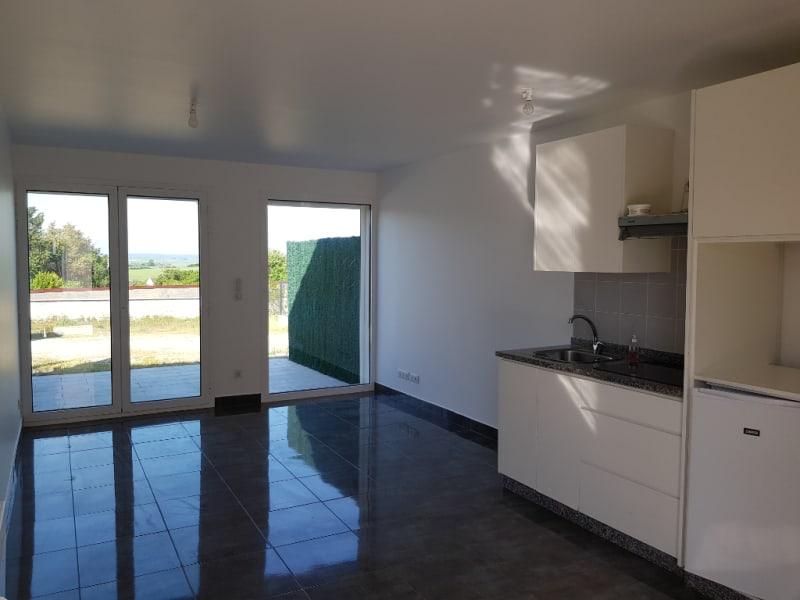 Rental apartment Cormeilles en vexin 720€ CC - Picture 1
