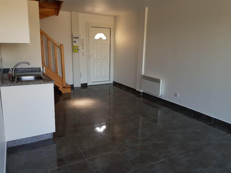 Rental apartment Cormeilles en vexin 720€ CC - Picture 2