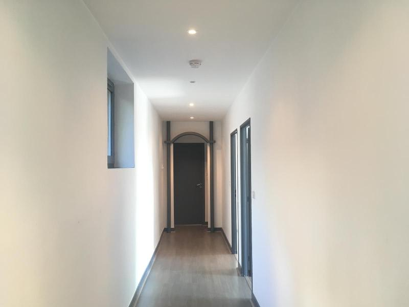 Location appartement Chazay d azergues 702€ CC - Photo 5