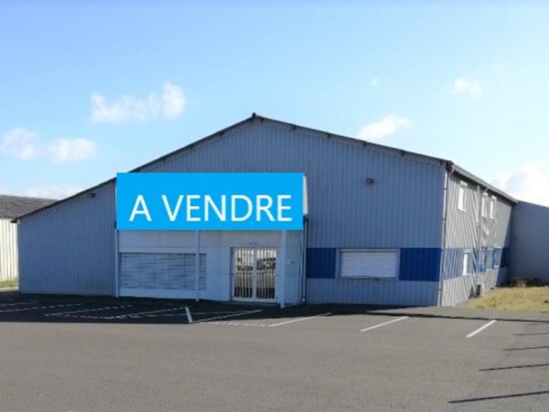 Sale building Bressuire 620000€ - Picture 1