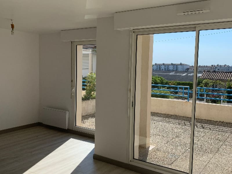 Rental apartment Niort 690€ CC - Picture 2