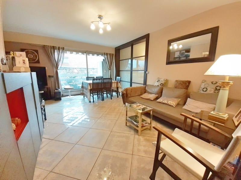 Sale apartment Paris 19ème 650000€ - Picture 3